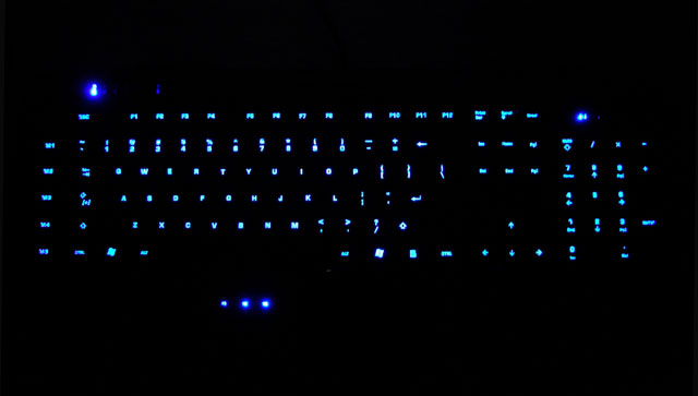 roccat-isku-review-bright