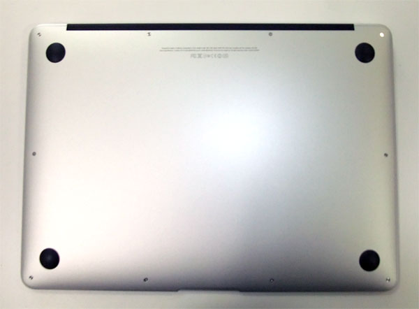 macbook-air-mid-2012-review-back