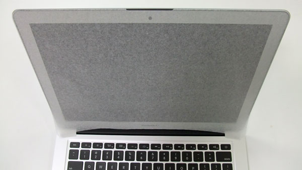 macbook-air-mid-2012-review-book-open