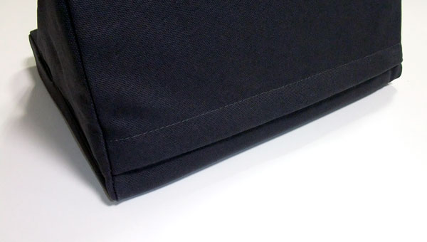 ipevo-padpillow-ipad-stand-review-black-back