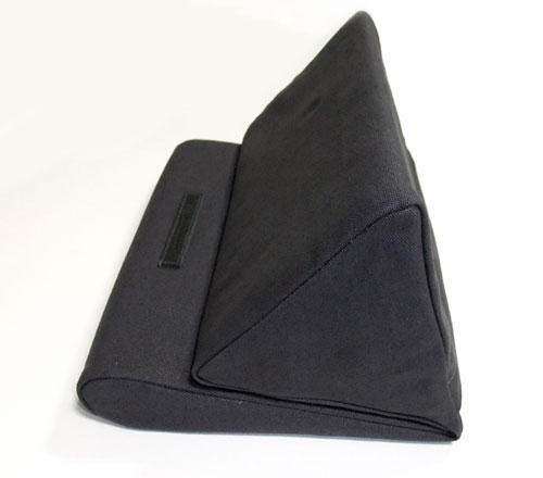 ipevo-padpillow-ipad-stand-review-black-side