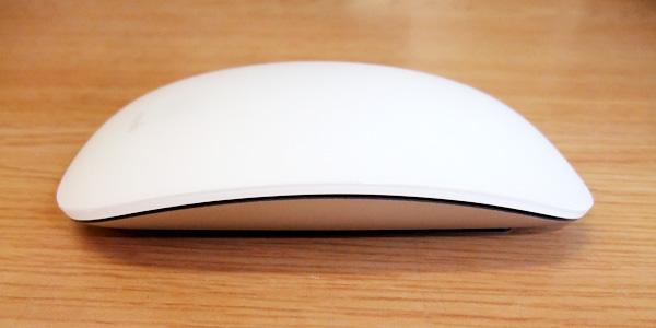 【レビュー】『Magic Mouse』の滑りを激的に改善するフィルム『moshi mouseguard』