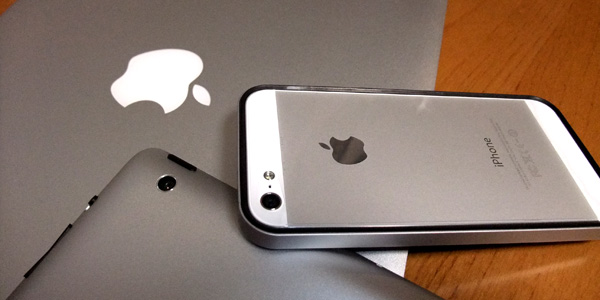 【レビュー】『iPhone5』用バンパー『フラットバンパーセット for iPhone5』が超絶美しい