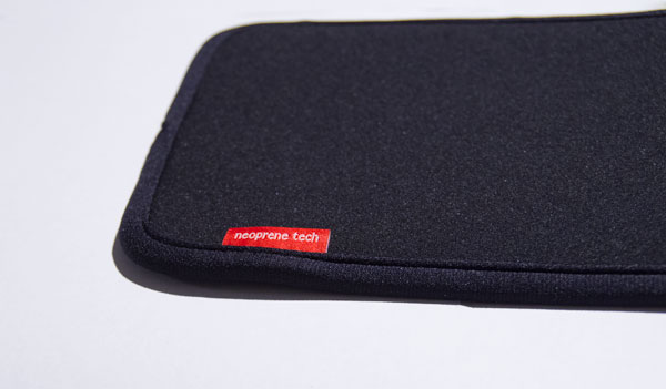 ipad-mini-slip-in-case-badge