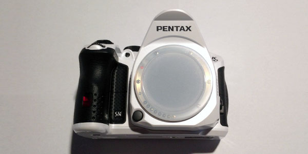 pentax-k30-review-body-front