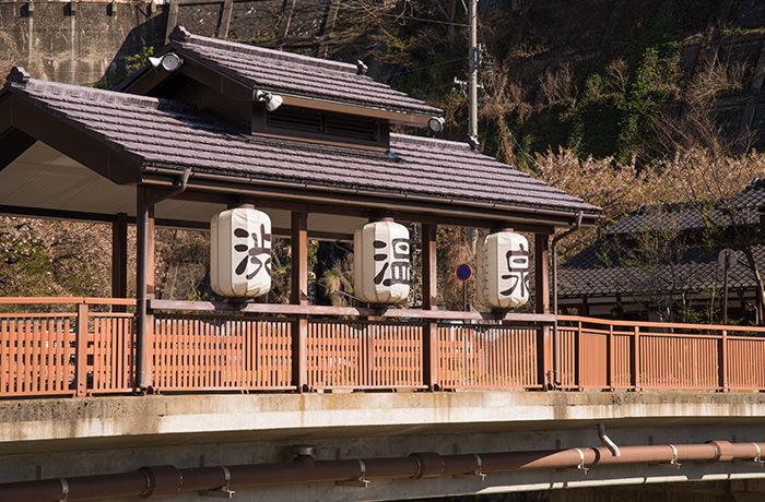 spirited-away-shibu-onsen-chouchin
