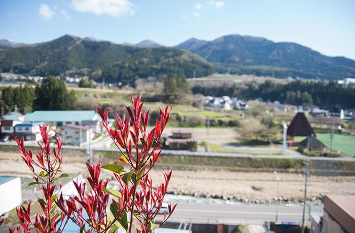 spirited-away-shibu-onsen-road