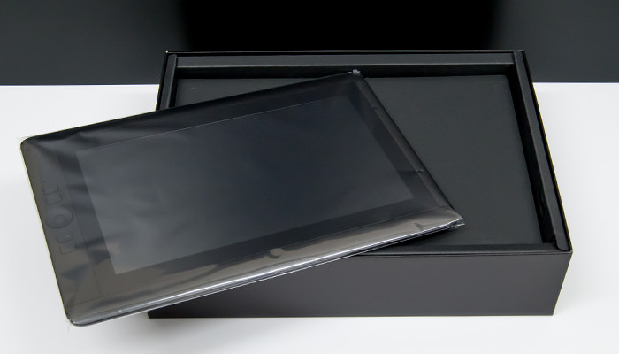 cintiq-13hd-review-box-board