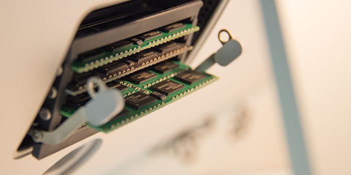 ついに『iMac』のメモリを増設!2012、2013年モデル『iMac』のメモリ増設方法まとめ