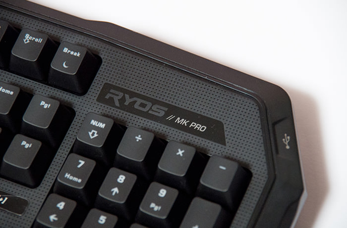roccat-ryos-pro-review-right-top