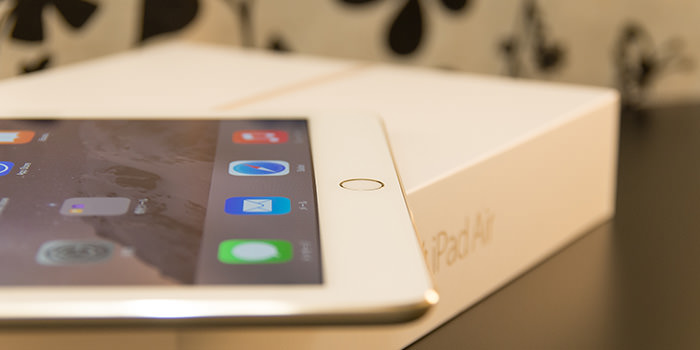 ipad-air-2-review-side-with-box