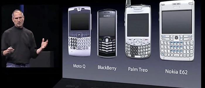 smartwatch-grow-popular-old-smartphone