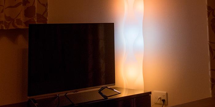 """【レビュー】部屋の明かりを""""スマートフォンで操作するモノ""""と定義する『Philips hue』"""