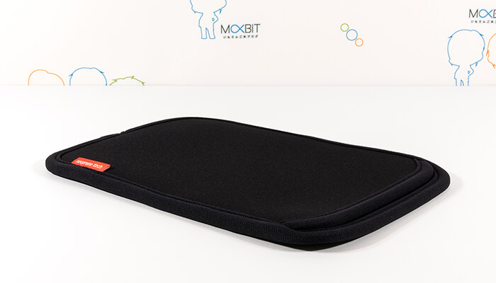 review-sanwa-slip-in-case-for-ipads-body