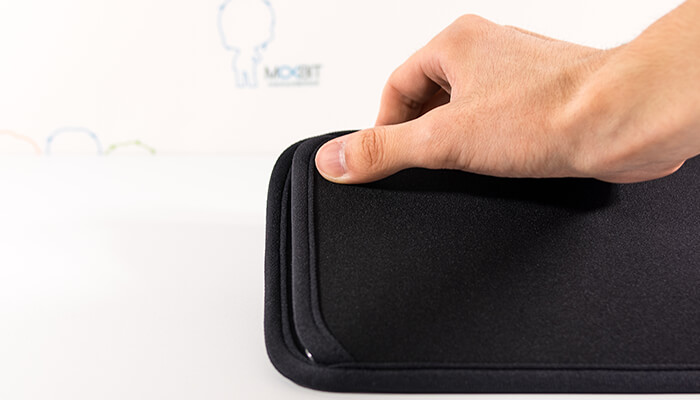 review-sanwa-slip-in-case-for-ipads-with-case